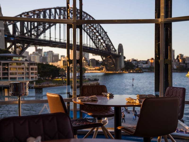 All of Sydney's best restaurants and dining.